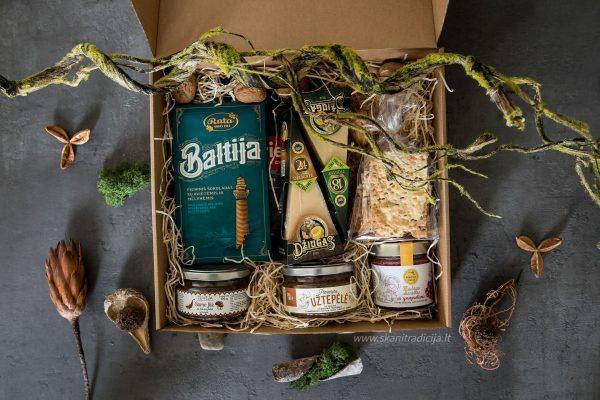 Lietuviški dovanų rinkiniai šventėms